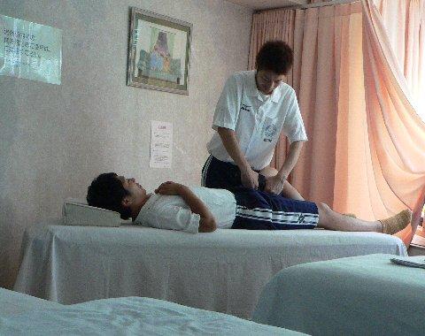 大腰筋を症候器で治療