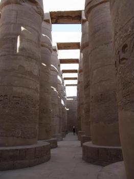 カルナック柱