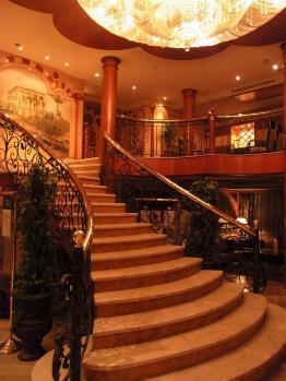 クルーズ船階段