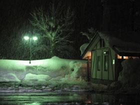 雪の中のレストラン4