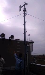 気象観測計器、警報機器