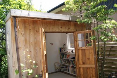 2010  小屋