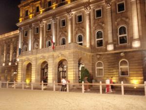 2010.8.11ブダペスト夜の王宮