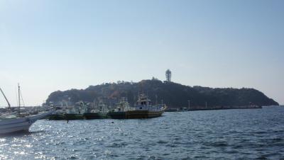 2010.11.28 江の島漁港から サムウェルコッキング 塔