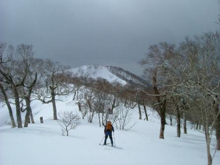 横岳~砂蘭部岳へ向かう稜線