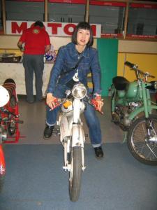 2006 Hiroko on Italian Cafe Racer IMG_2529
