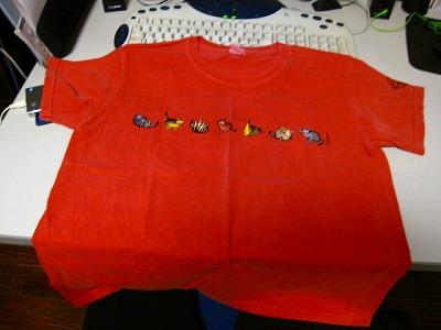 シーブックにもピンク系のTシャツが!