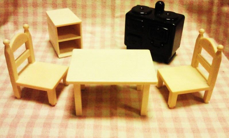 エルジェのミニチュア家具