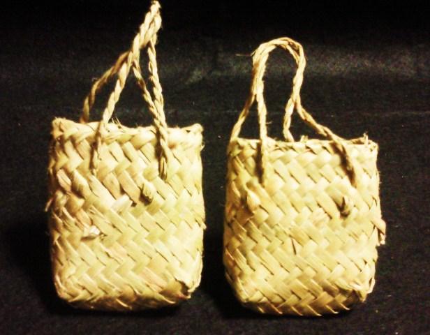 ニュージーランド手編みのかご