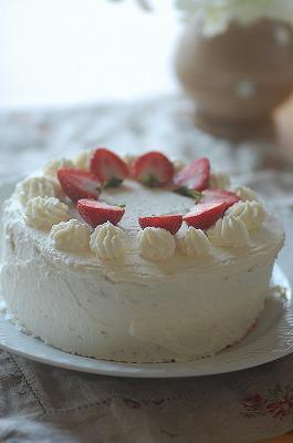 s-ショートケーキ横から20120307