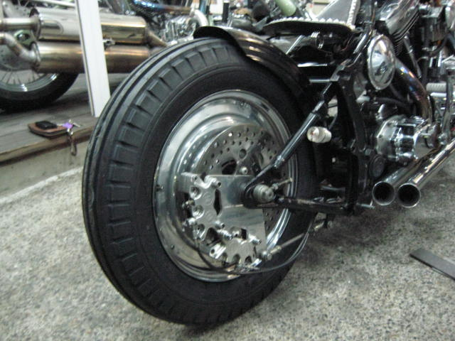 Ribbed Tire 001