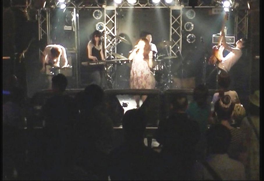 live3