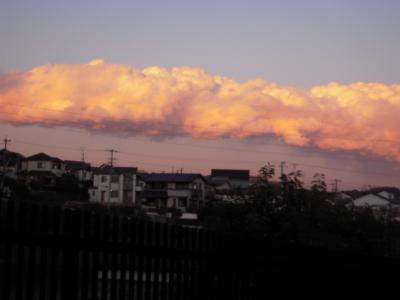 変な空の色