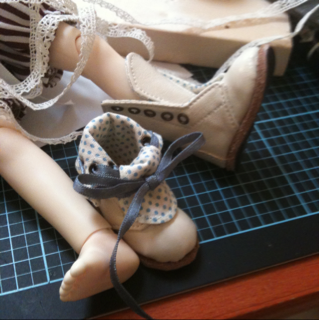 BORRY_白靴