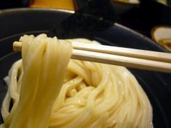 川 麺 .