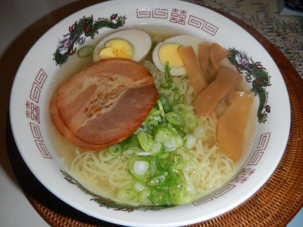 塩ラーメン@やよいそば (3)