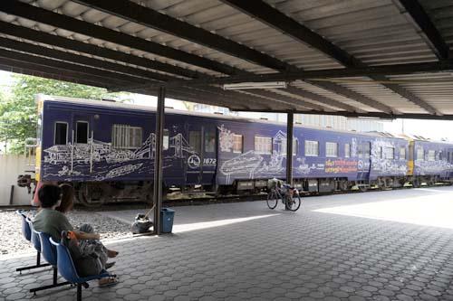 バーンレーム駅にある列車