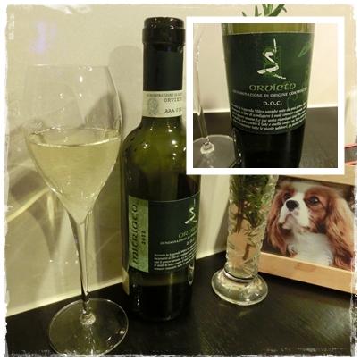 251123アボガドサラダとワイン2