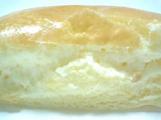 八天堂のくりーむパン くりーむぱん生クリーム2