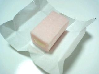 sweetsgum 桃のヨーグルトガム  r