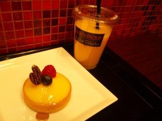 タルトシトロン オレンジジュース ¥1000