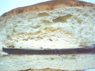 チロル チョコパン ティラミス  p