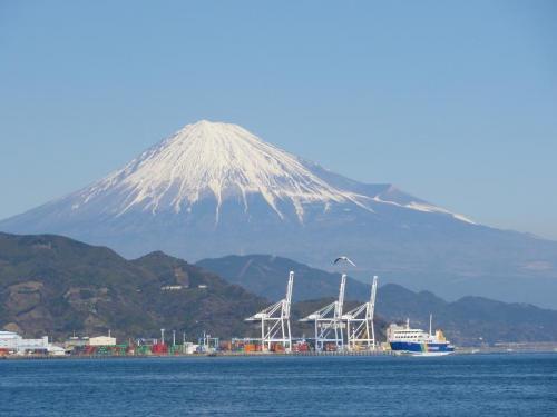 富士山とフェリー