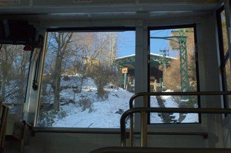 ケ-ブルカーから御岳山駅