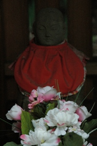 村社神明社の地蔵堂