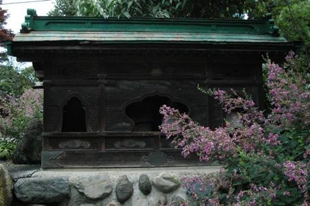 禅林寺の六地蔵堂