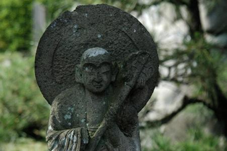 阿弥陀寺の石仏