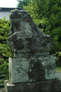 二ノ宮神社の狛犬