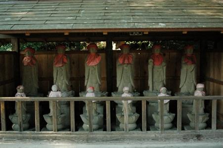 拝島大師の六地蔵