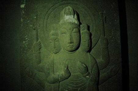 金乗院仏国窟の石仏
