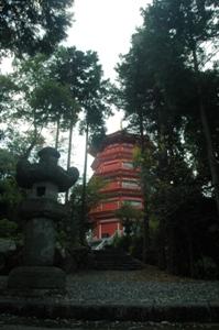 灯篭と五重塔