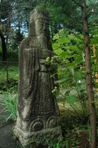 丁子門脇の石仏
