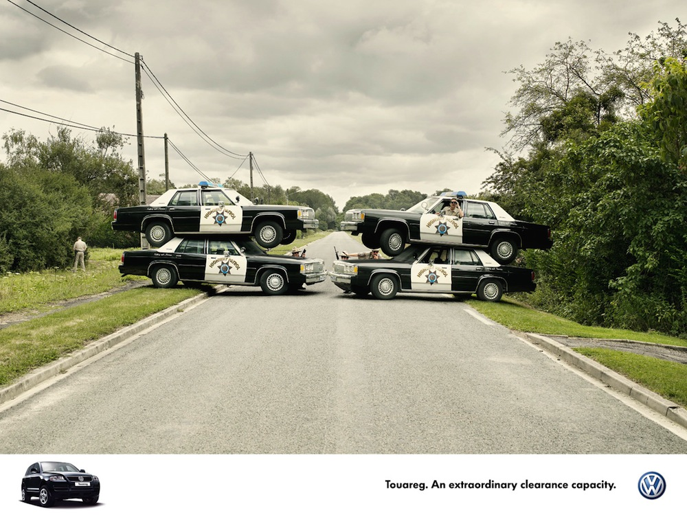 vwtouareg-road-block.jpg