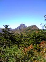 西側から眺めた石鎚山3