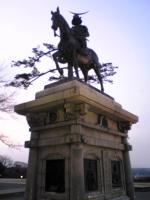 仙台城跡伊達政宗公の銅像3