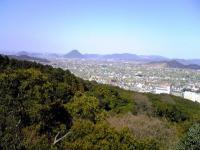 金比羅さんから見た飯野山1