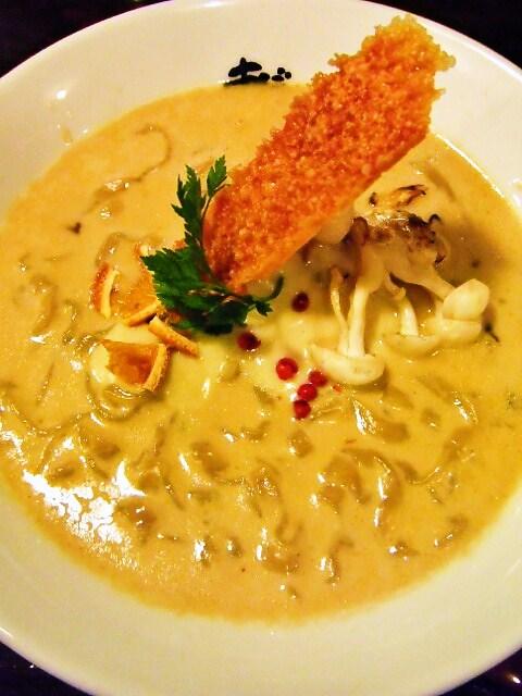 ニャンチー麺