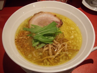 黄金の塩らぁ麺Ayumi 塩らぁ麺
