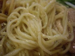 BUZZ 塩らぁ麺(麺アップ)