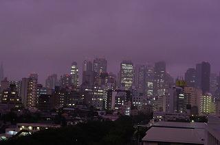 201107赤い空