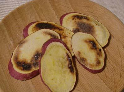 今届いたサツマイモ