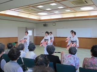 慰問(踊り)