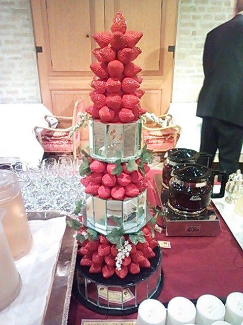 苺タワー1