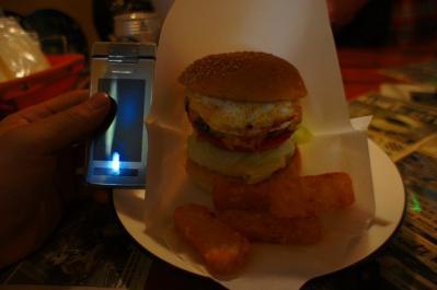 BIG_SMILEのハンバーガー+チーズエッグ