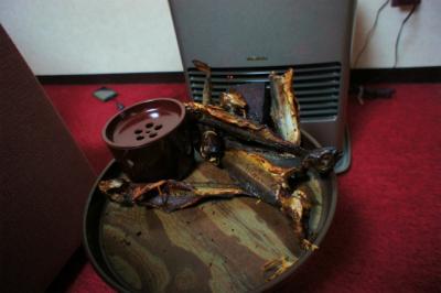 暖房器具で炙ります♪