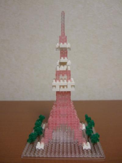 クリアピンクの東京タワー